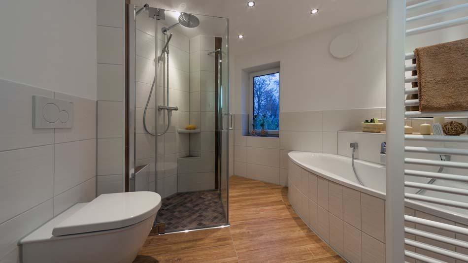 bad freiberg von axel kreisel b der zum wohlf hlen aus obergruna. Black Bedroom Furniture Sets. Home Design Ideas